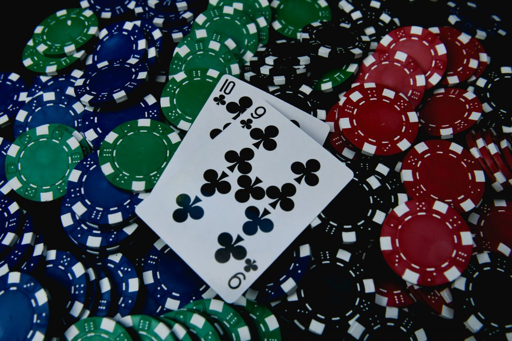 two_cards_on_chips