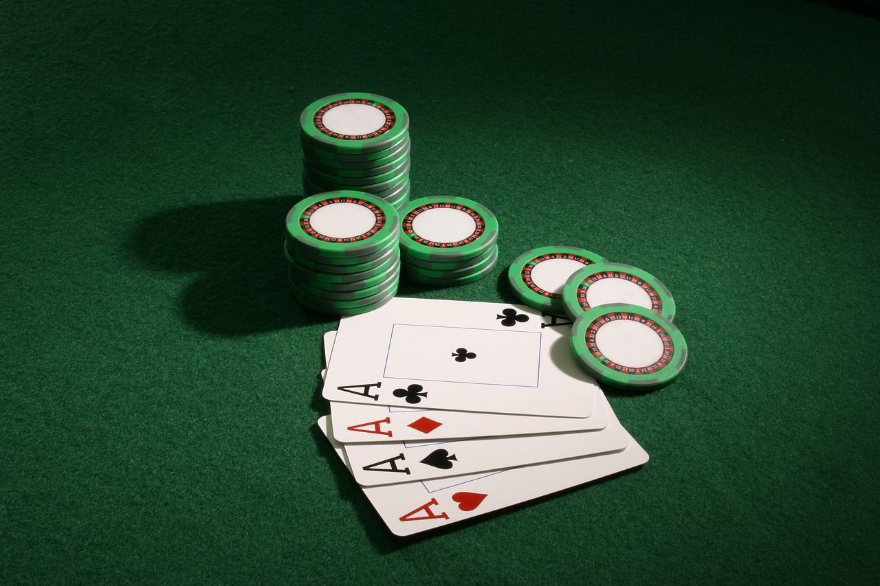 How To Play 3 Card Poker - The Ultimate Guide - Top Casino Experts